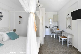 room three agrabeli apartments bedroom (2)
